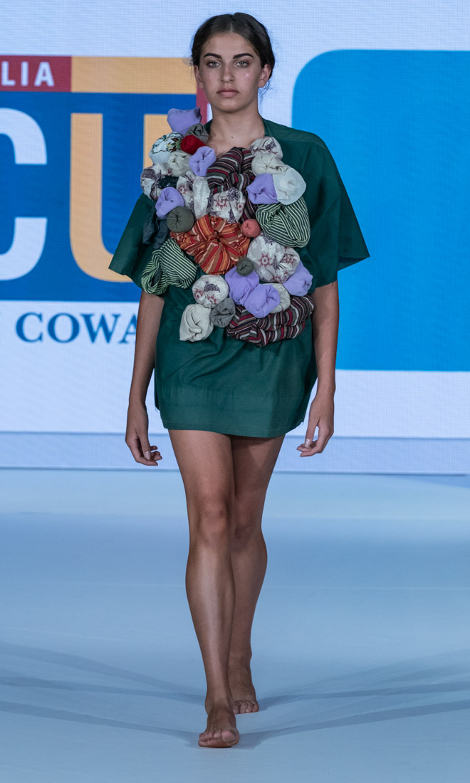 Yani - ECU at Eco Fashion Week Australia 2018 Fremantle Photo Style Drama Simon Lau A9_07009