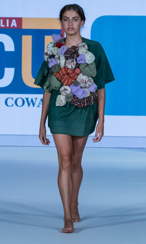 Edith Cowan University Yani ECU Eco Fashion Week Australia 2018 Fremantle Photo Style Drama Simon Lau A9_07009