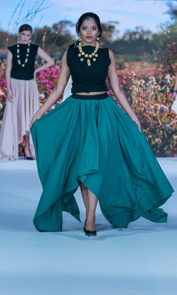 australian eco-fashion designers steal the show Curtin-Springs-Paper-Eco-Fashion-Week-Australia-2018-Fremantle-Photo-Simon-Lau-A9_06721