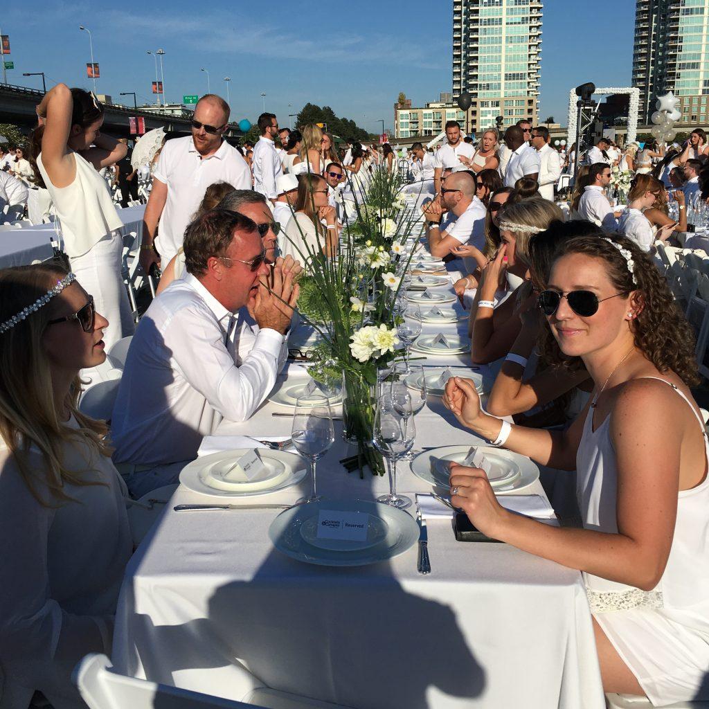 La diner en blanc Vancouver seating IMG_2426