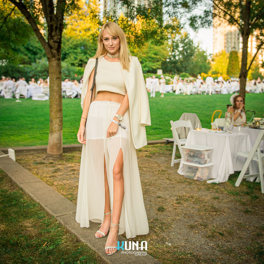 Vancouver all white summer party le diner en blanc